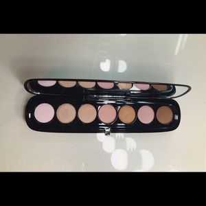 Marc Jacobs 220 The Lover eyeshadow Palette
